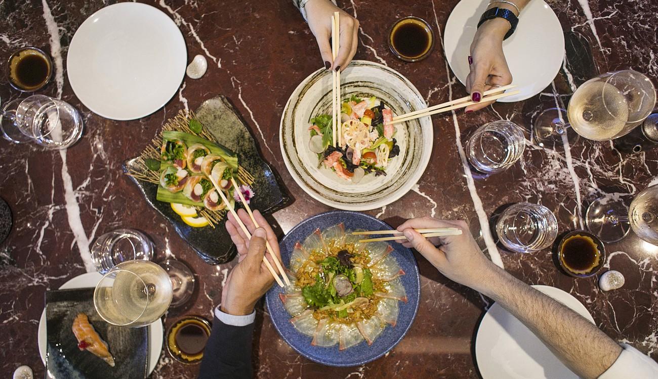 Degustação de sushi no Yakuza Cascais